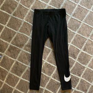 Woman's Nike Leggings